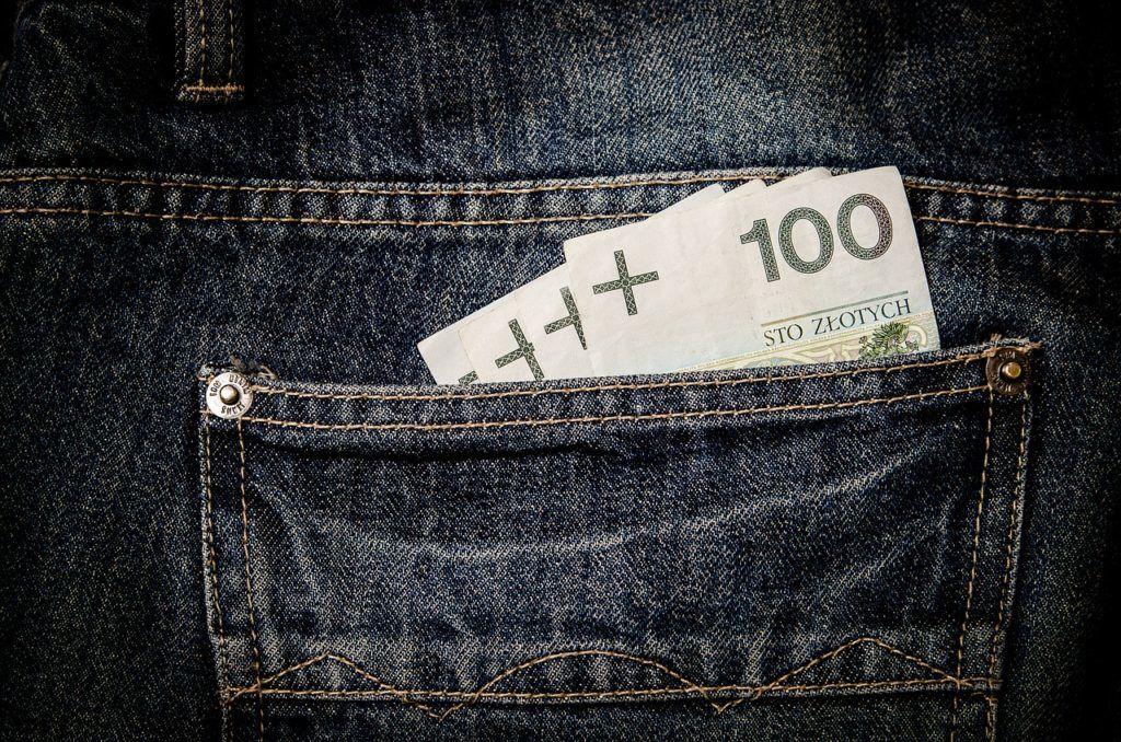 niestabilne waluty: jeny i złotówki