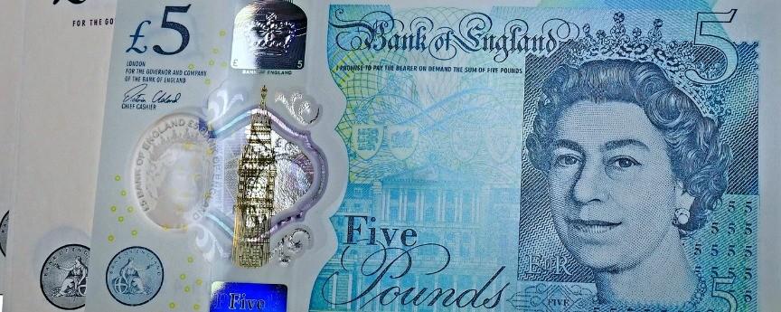 5 funtów