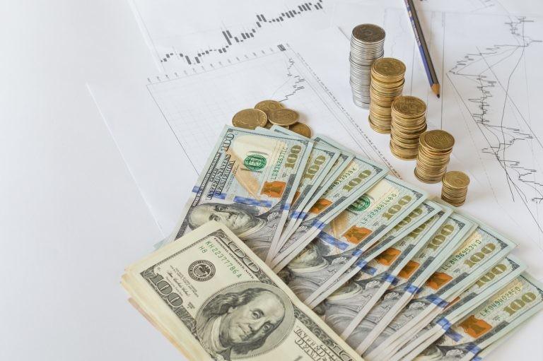 Dolar wyprzedaż