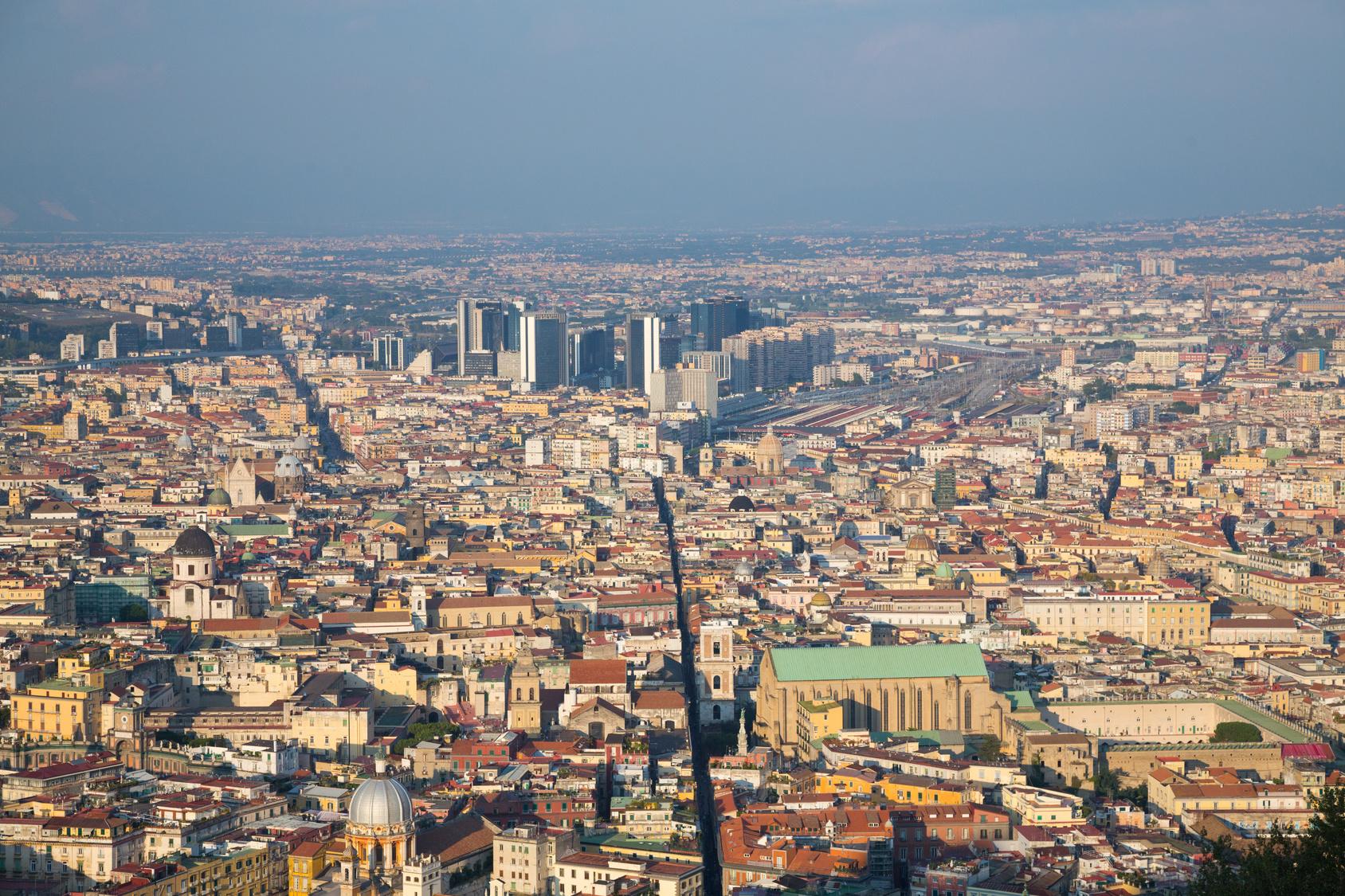 Włochy, Neapol, podróż, turystyka, zwiedzanie, panorama miasta, wymiana walut, Ekantor.pl