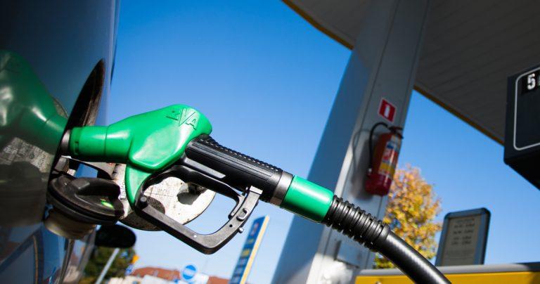 paliwo, ceny paliw, wzrost cen paliw, litr paliwa, ustawa, rząd, Polska, Ekantor.pl