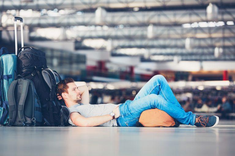 podróż, lotnisko, opóźniony lot, samolot, odwołanie lotu, wymiana walut, Ekantor.pl