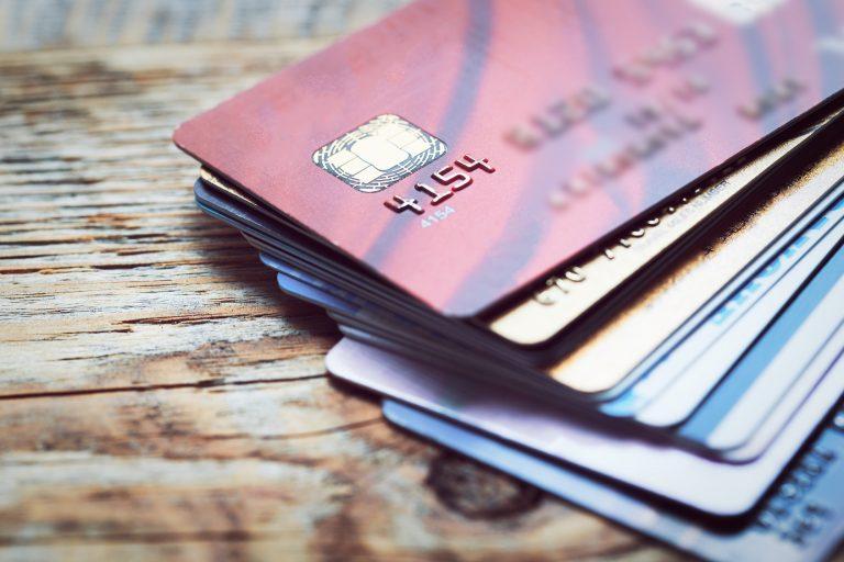 karta, płatność kartą, karta płatnicza, karta debetowa, bank, promocje, wymiana walut, Ekantor.pl