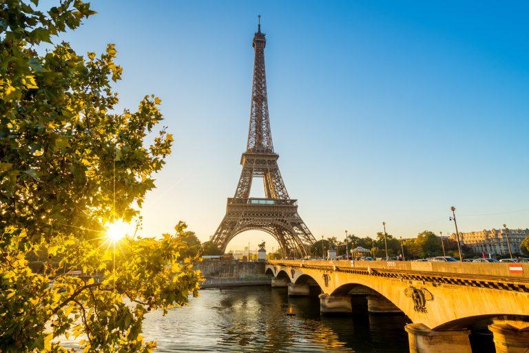Paryż, wieża Eiffla, Francja, podróż, wymiana walut, Ekantor.pl