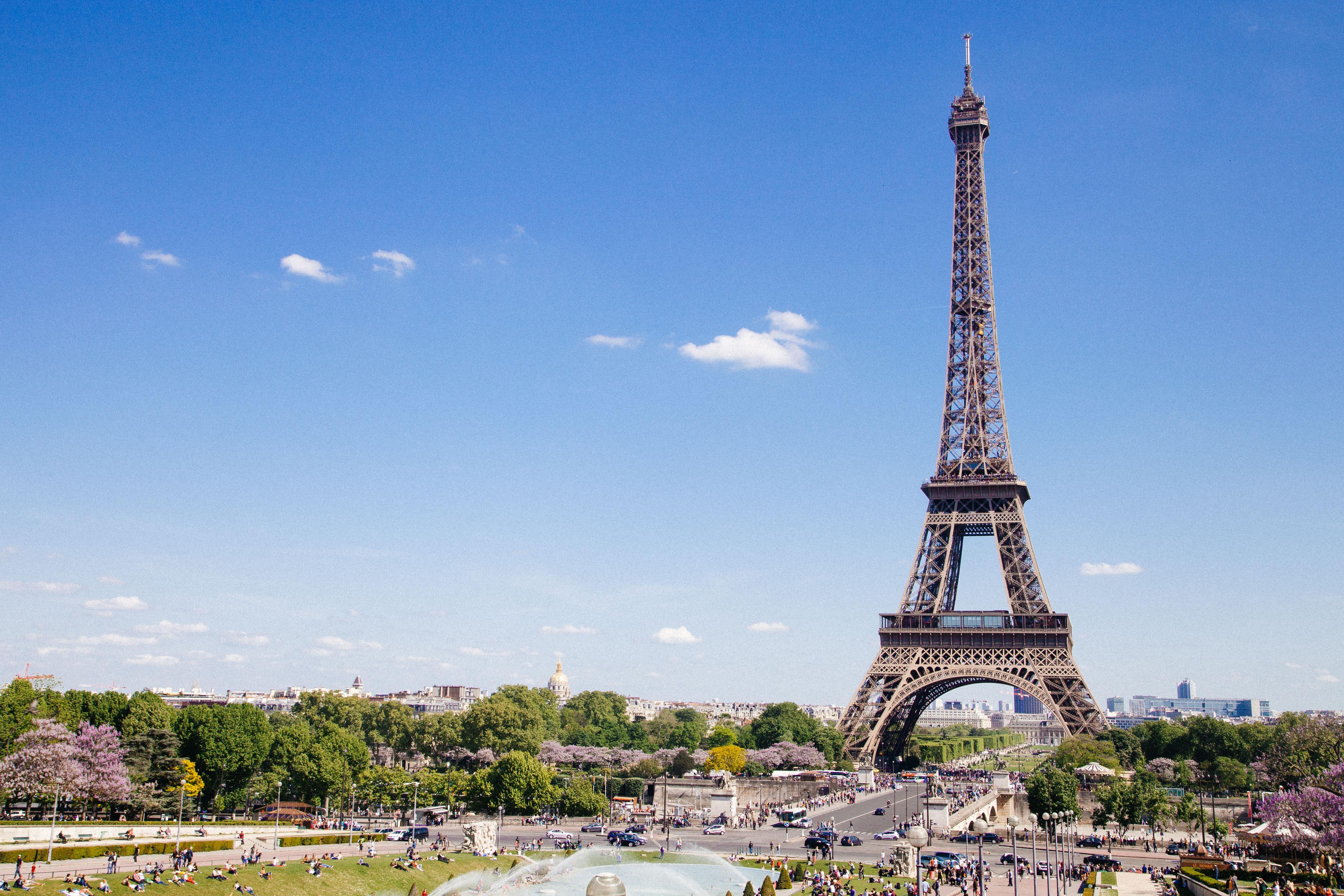Paryż, wieża Eiffel, Francja, podróż, podróżowanie, wyjazd, wymiana walut, Ekantor.pl