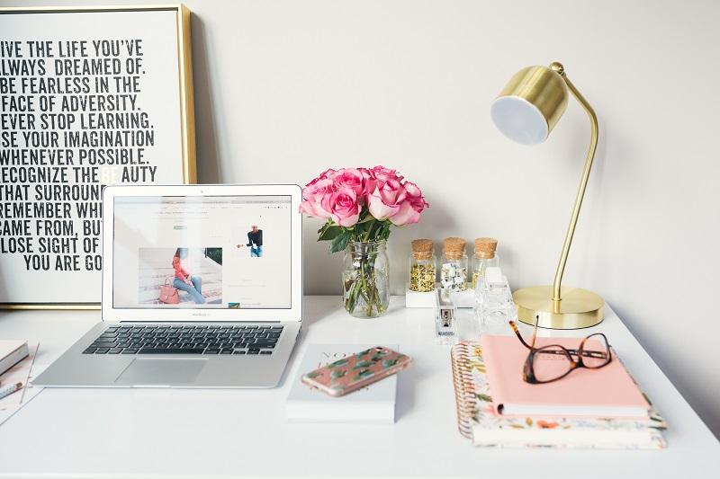 blog, bloger, prowadzenie bloga, praca w domu, praca zdalna, freelancer, wymiana walut, Ekantor.pl