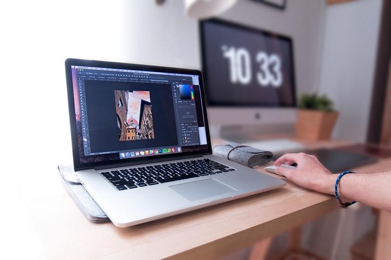 grafik, praca, freelancer, praca w domu, praca zdalna, jak znaleźć pracę, wymiana walut, Ekantor.pl