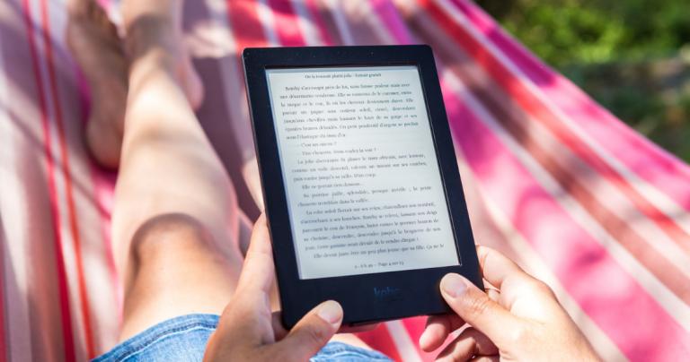 Podróż z książką - TOP 7 aplikacji do czytania książek na Androidzie_najlepsze aplikacje ebook do czytania_ekantor pl